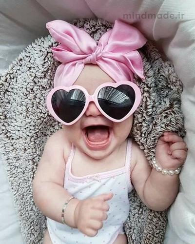 بچه خوشحال